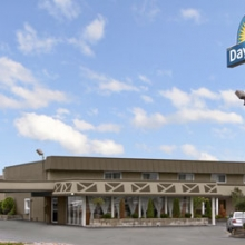 Days Inn Elk Grove Village ORD Logo