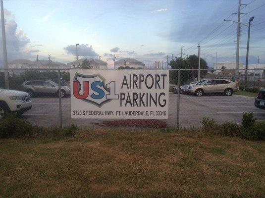 US1 Airport Parking FLL Logo