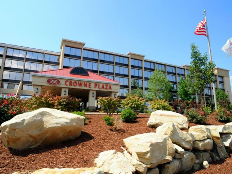 Crowne Plaza Cleveland Airport CLE Logo