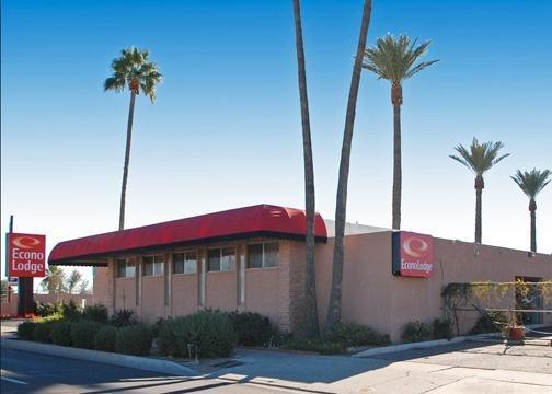 Econo Lodge Phoenix Airport PHX Logo