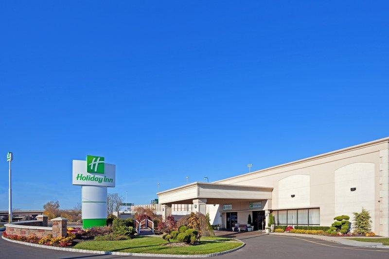 Holiday Inn Carteret Rahway EWR Logo