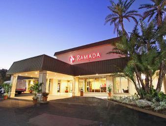 ramada hialeah miami airport parking mia miami. Black Bedroom Furniture Sets. Home Design Ideas