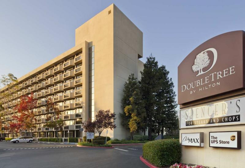 doubletree hotel san jose parking sjc san jose reservations reviews. Black Bedroom Furniture Sets. Home Design Ideas