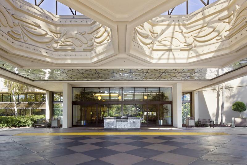 Doubletree Hotel San Jose Parking