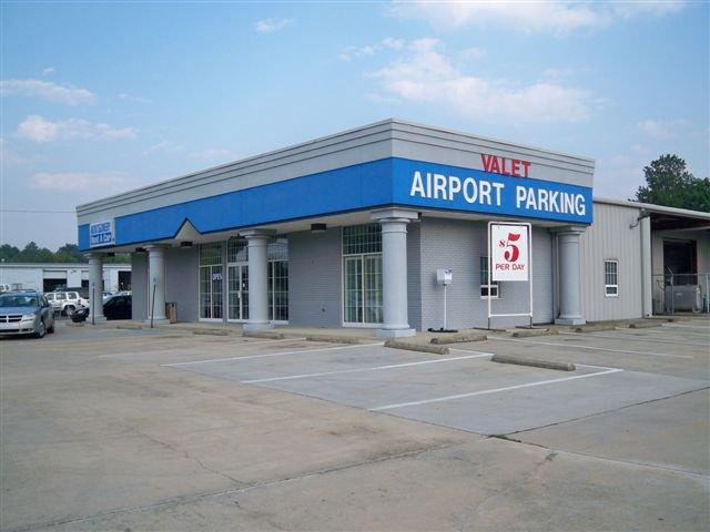 Airport Park & Go MGM Logo