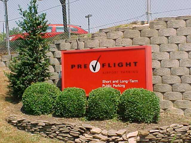 PreFlight Airport Parking BWI Logo