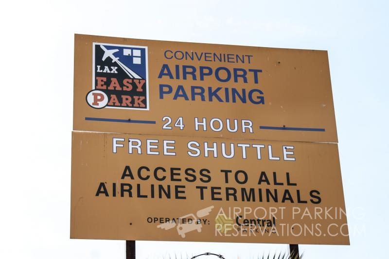 Easy Park LAX LAX Logo