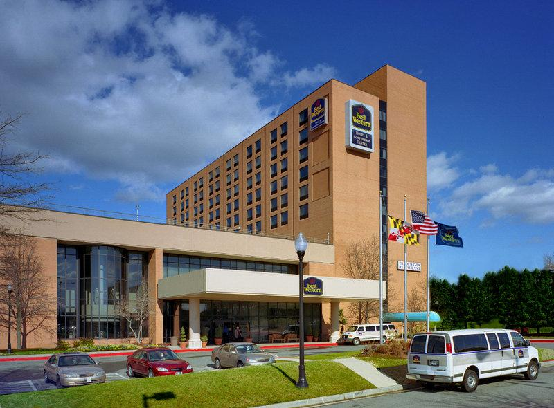 Best Western Plus Hotel & Conference Center - Cruise Parking Only BWZ Logo